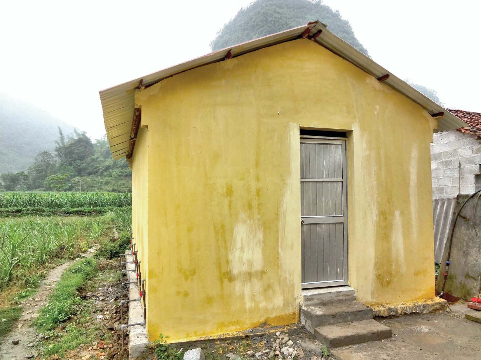 Après bâtiment Lung Nguu